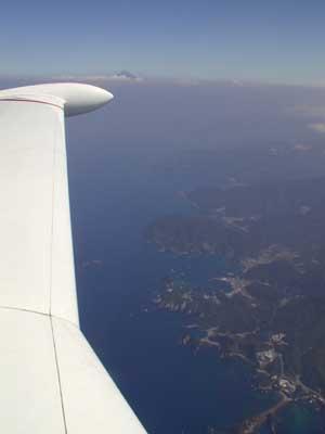 La penisola di Nagaoka e, sullo sfondo, il monte Fuji