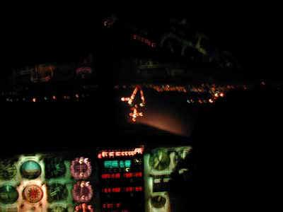 ILS 23 in notturna (che mano ferma!!!)